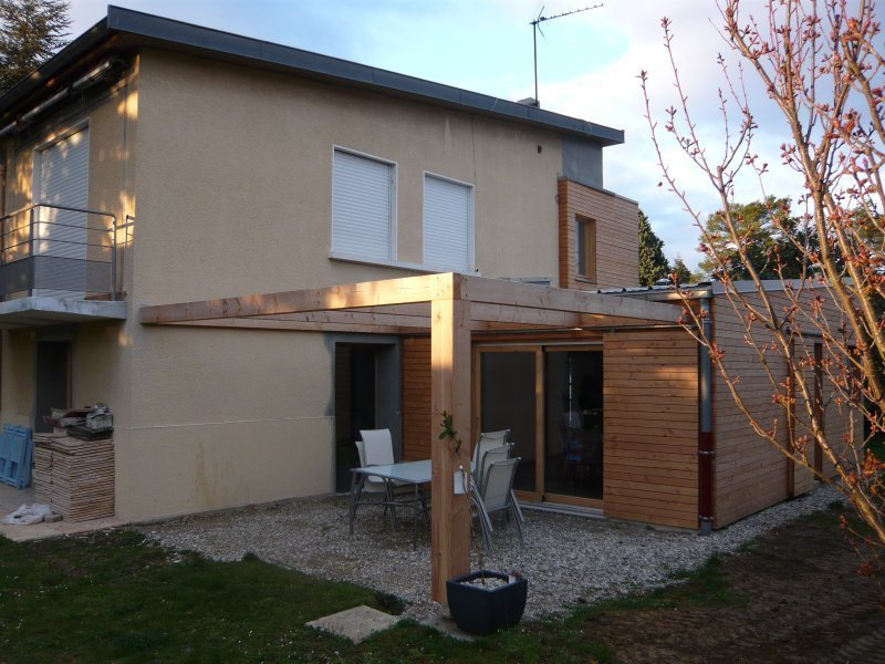 Extension bois d une maison champagne au mont d or for Extension sur terrasse