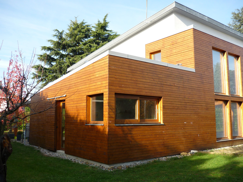 Extension bois d 39 une maison champagne au mont d 39 or for Comment trouver l architecte d une maison