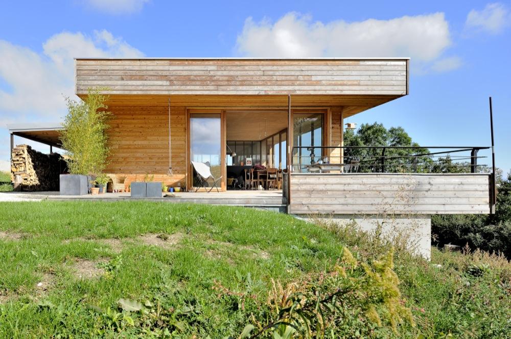 maison-moderne-bois-beton-2