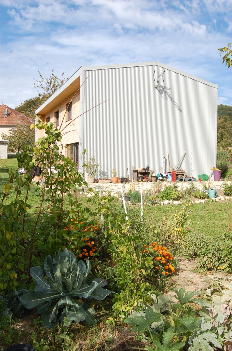 maison-mitoyenne-en-bois-1