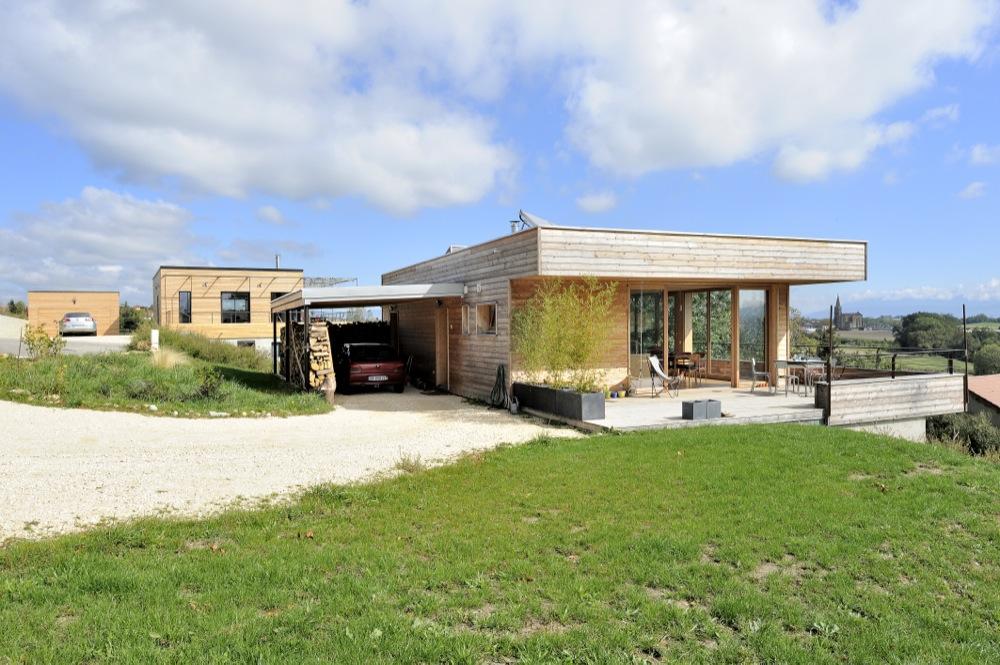 maison-moderne-bois-beton-1