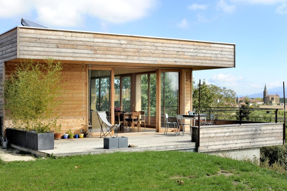 maison-moderne-bois-beton-3