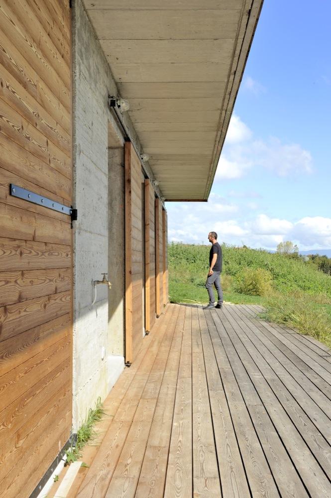 maison-moderne-bois-beton-6