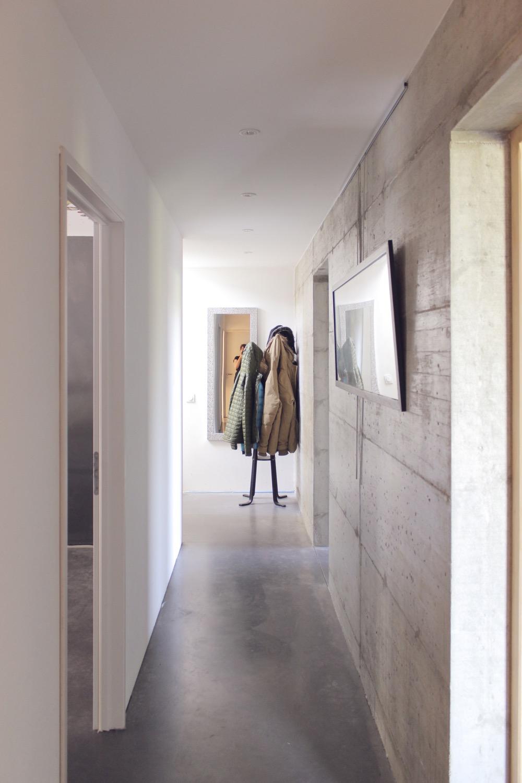 maison-bois-beton-pente-10