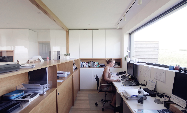 maison-bois-beton-pente-9
